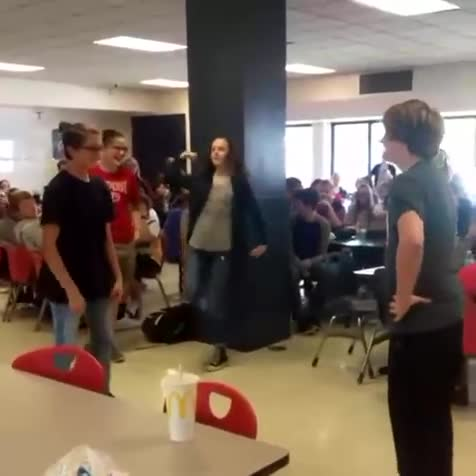 Zoomer fight. .. Now i understand school shooters