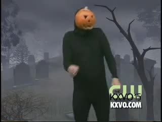 less than 6 months till halloween. some phresh 2006 memes for the children.. sorry for the last.. 20 seconds. I knew what i looking for so I didn't watch it through. ....I could have just rickrolled myself and all of you.